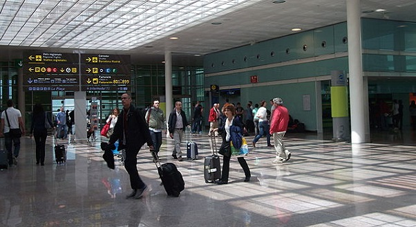 Private-Lindos-rhodes-airport-minibus-Services